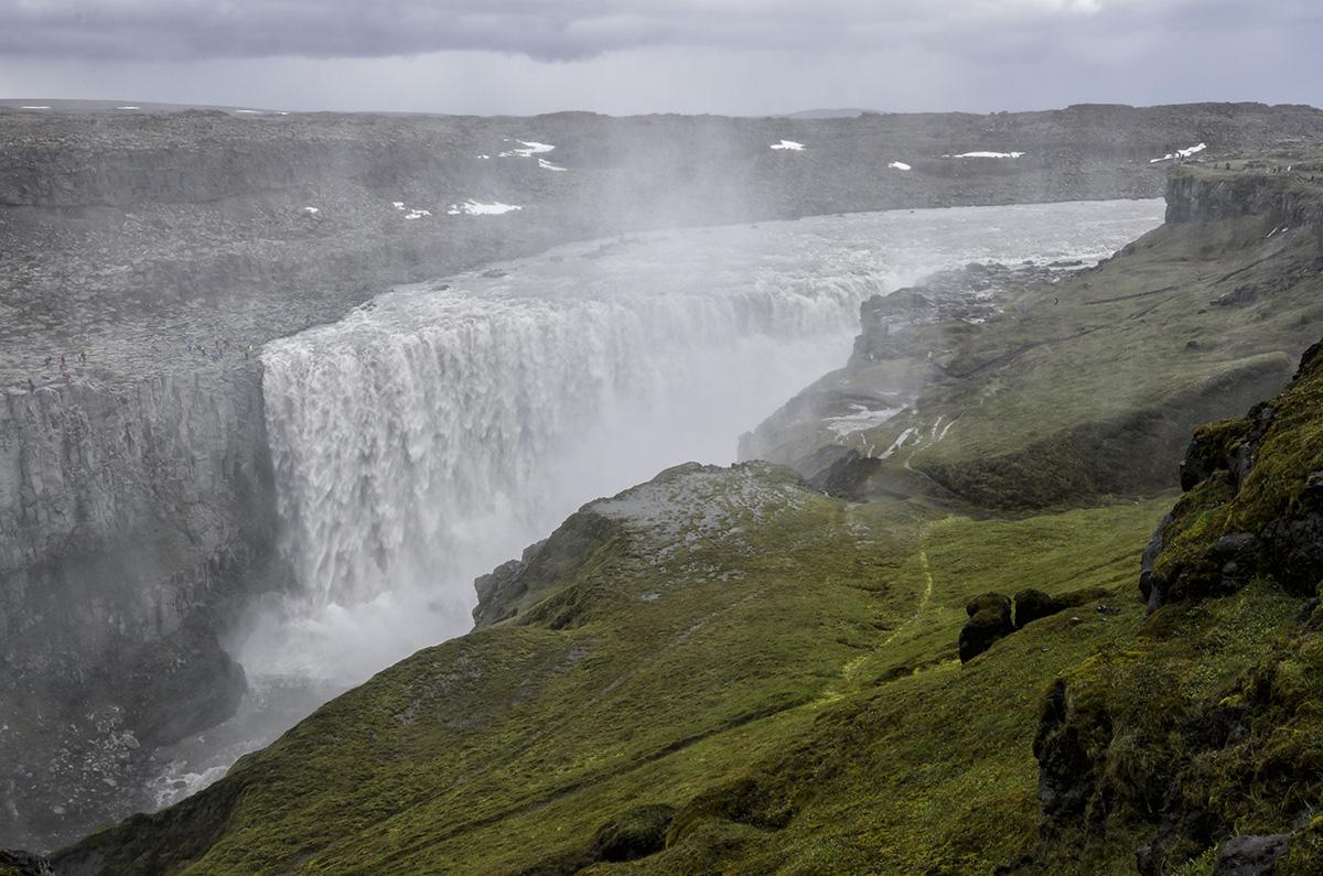 De Dettifoss waterval, de krachtigste waterval van Europa.